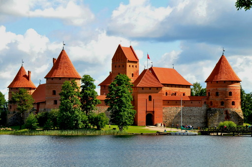 Traumtourenkino Baltikum und Sankt Petersburg.